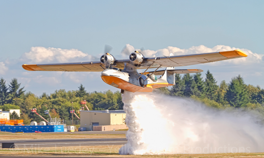 A rare chance to see a PBY water drop!